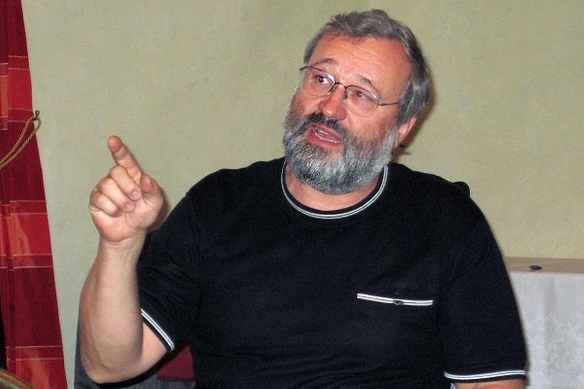 Jan Holeyšovský, Almakon