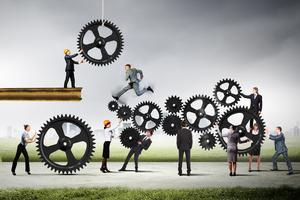 Mikromanagement vs. zmocnění (2/2): Jak zmocnit zaměstnance k samostatnosti