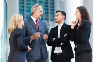 Jak evoluce formuje naše vyjednávání (1/2): Původ mužské soutěživosti