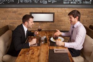 Alkohol a vyjednávání (1/2): Jaký dopad očekávat?