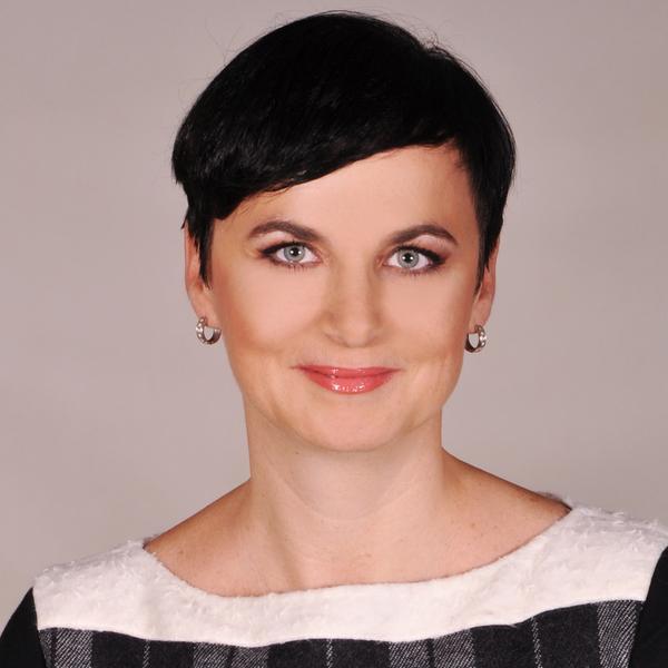 Veronika Ivanović, Vodafone
