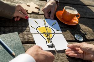 Přelomové vynálezy: Mají lepší šanci týmy vynálezců, nebo vynálezci jednotlivci? (1/2)