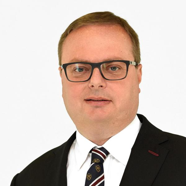 Vratislav Strašil, Volkswagen Financial Services