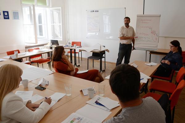 Seminář: Vedení lidí pro začínající manažery, 1. VOX, Luděk Vajner